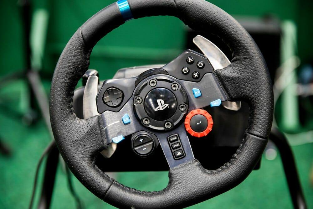Logitech G29 steering wheel for sim racing
