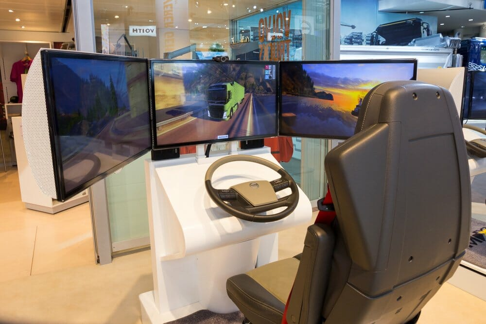 Steering wheel for truck simulator